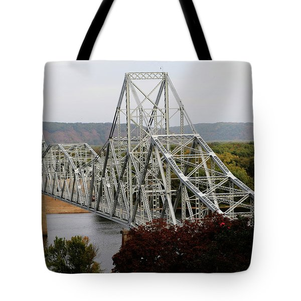 Iowa - Mississippi River Bridge Tote Bag