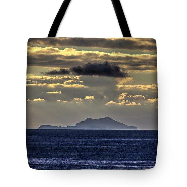 Island Cloud Tote Bag