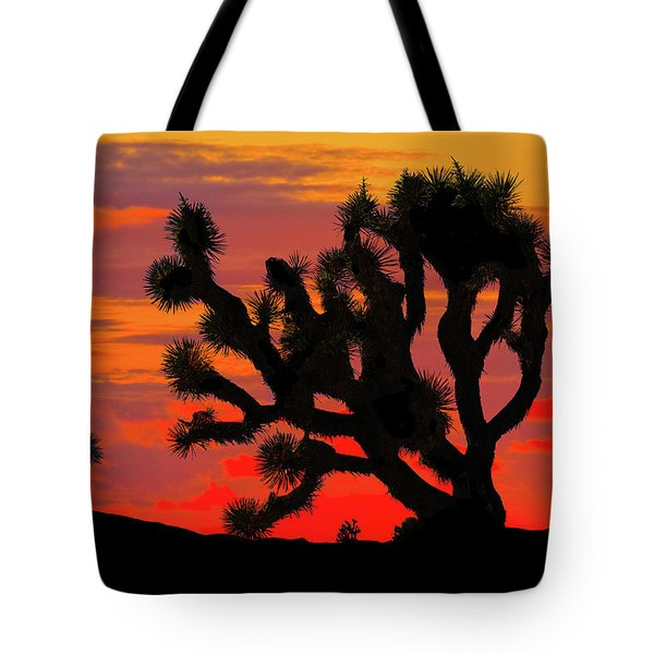 Joshua Tree At Sunset Tote Bag