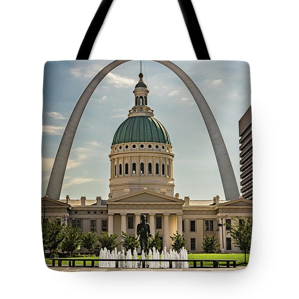 Tote Bag featuring the photograph Kiener Plaza by Andrea Silies