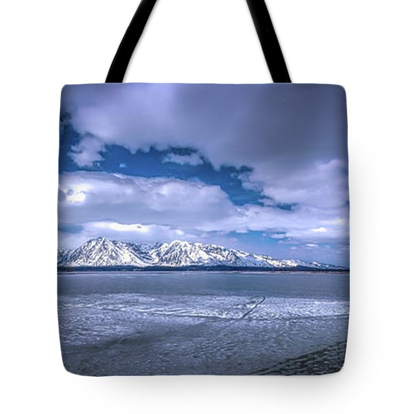 Lake Jackson Wyoming Tote Bag
