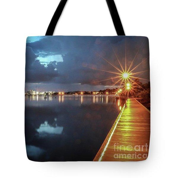 Lamp Post Starbursts Tote Bag