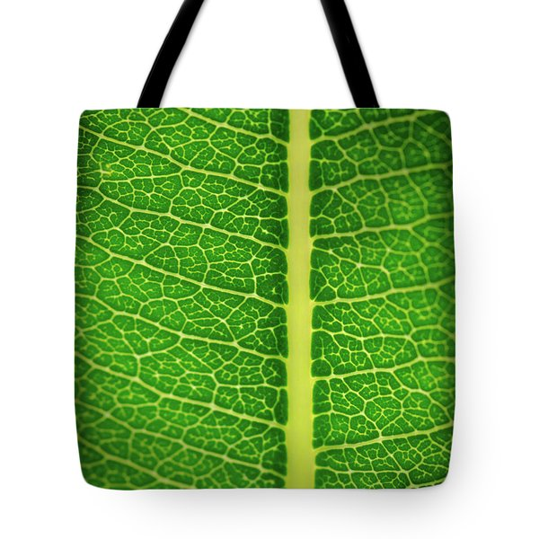 Leafy Detail Tote Bag