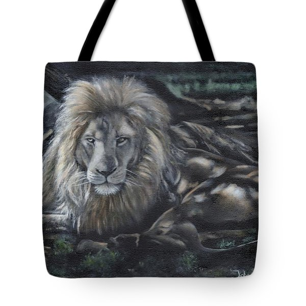 Lion In The Shade Tote Bag