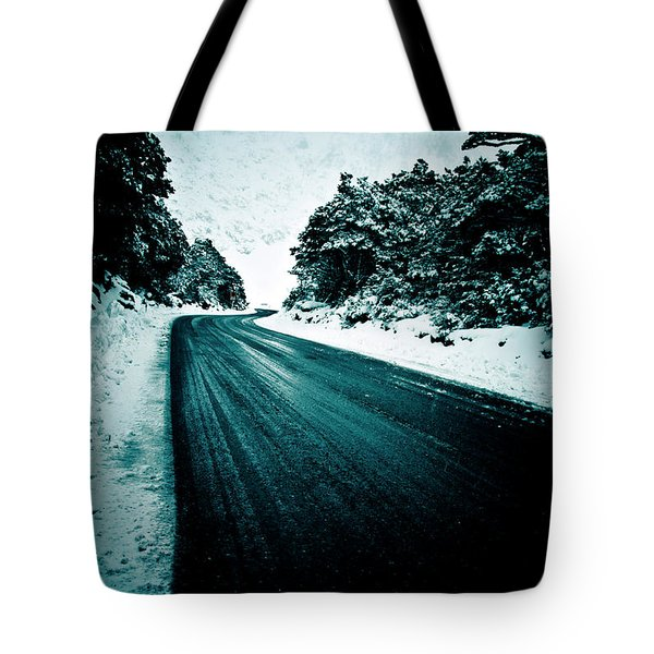 Lonely Road In The Countryside For A Car Trip And Disconnect From Stress Tote Bag