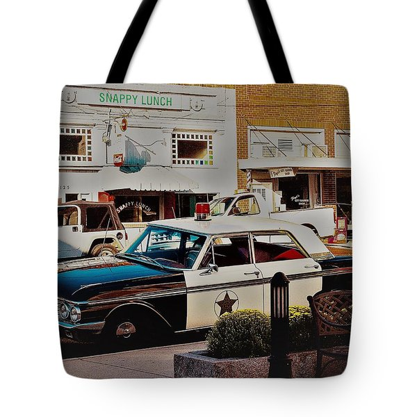 Tote Bag featuring the photograph Lunch At Snappy by Randy Sylvia