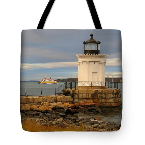 Machigonne Passes Bug Light Tote Bag