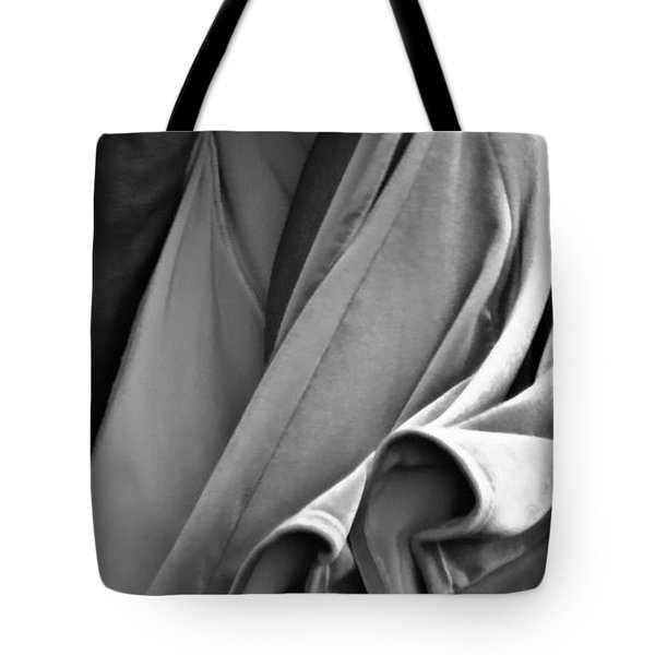 Tote Bag featuring the photograph Mideastern Dancing 2 by Catherine Sobredo