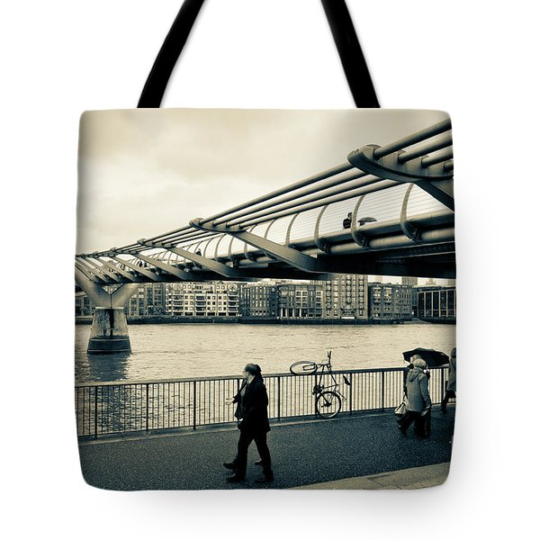 Millennium Bridge 03 Tote Bag