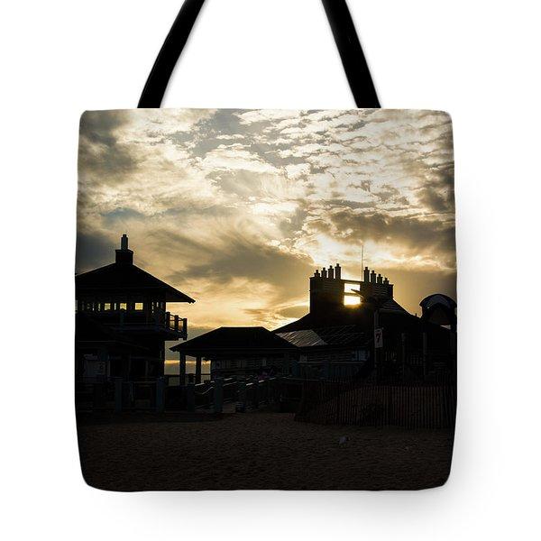 Misquamicut Beach Silhouette Tote Bag