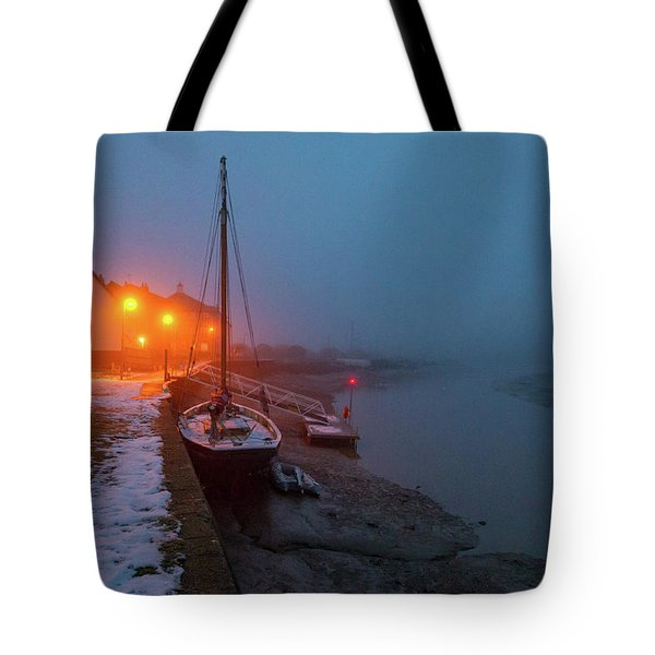 Tote Bag featuring the photograph Misty Rowhedge Winter Dusk by Gary Eason