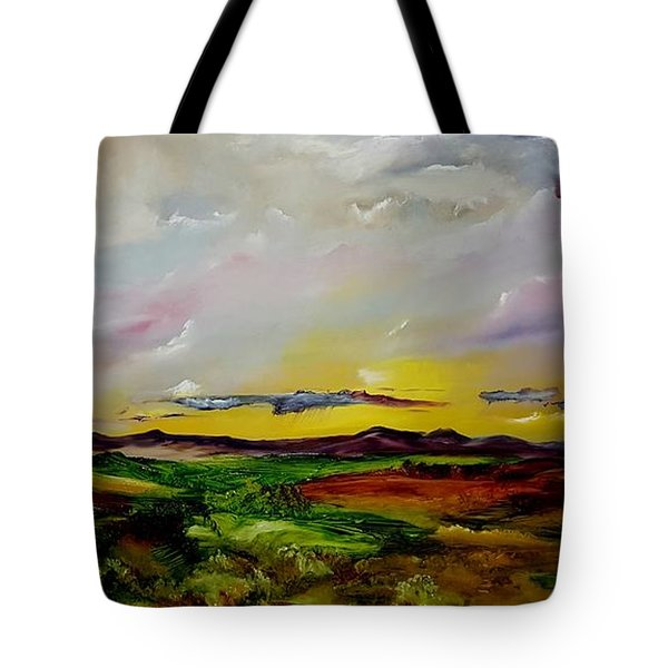 Montana Summer Storms        5519 Tote Bag