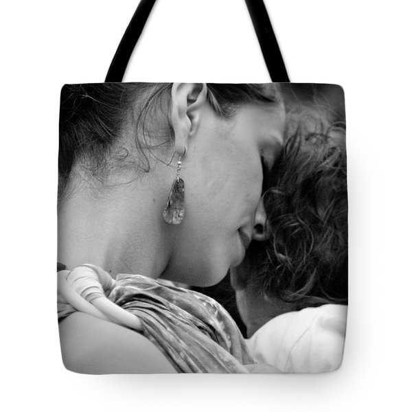 Tote Bag featuring the photograph Mother And Child by Catherine Sobredo