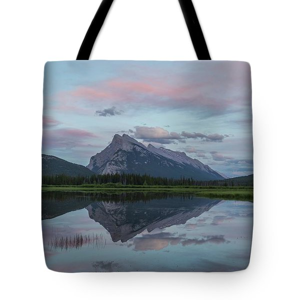 Tote Bag featuring the photograph Mount Rundle Reflection by Paul Schultz