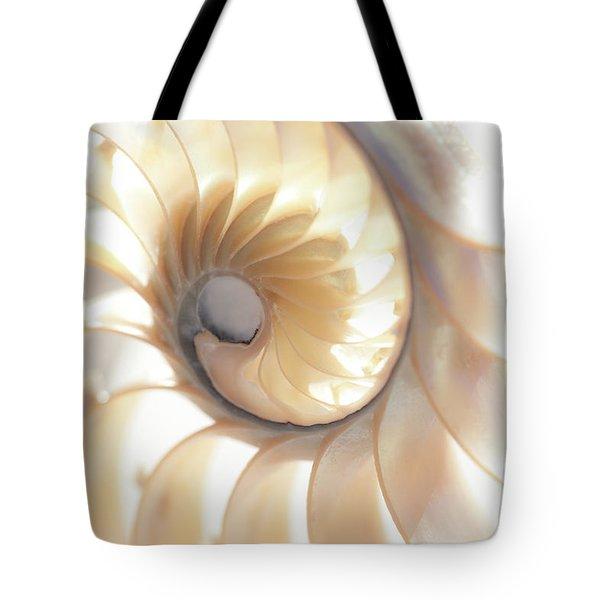 Nautilus 0472 Tote Bag