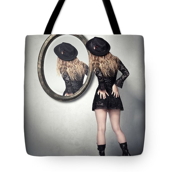 Never Look Back Tote Bag