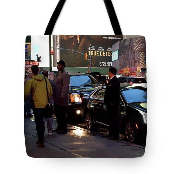 Tote Bag featuring the photograph New York, New York 29 by Ron Cline