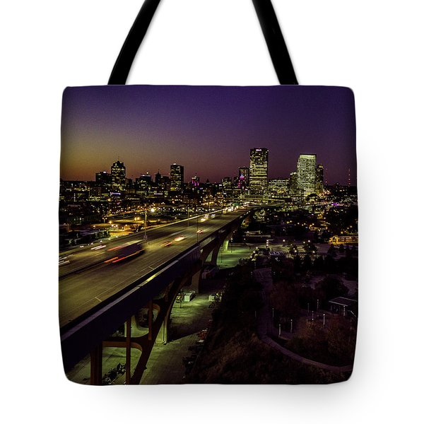 Tote Bag featuring the photograph Nightfall In Milwaukee by Randy Scherkenbach