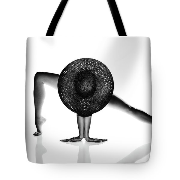 Nude Woman Black Hat Tote Bag