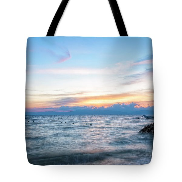 Paradise Beauty Tote Bag