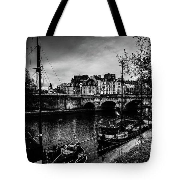 Paris At Night - Seine River Towards Pont Neuf Tote Bag