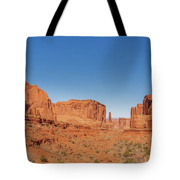 Tote Bag featuring the photograph Park Avenue Stroll by Andy Crawford