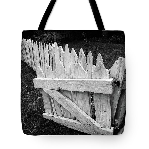 Tote Bag featuring the photograph Pickett Fence by Jim Mathis