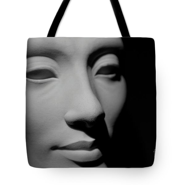Tote Bag featuring the photograph Queen Nefertiti by Sue Harper
