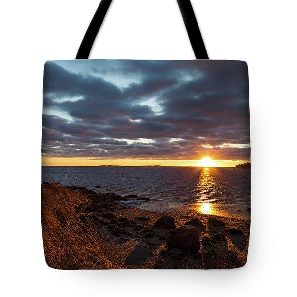 Randall Point Sunset At Barn Island - Stonington Ct Tote Bag