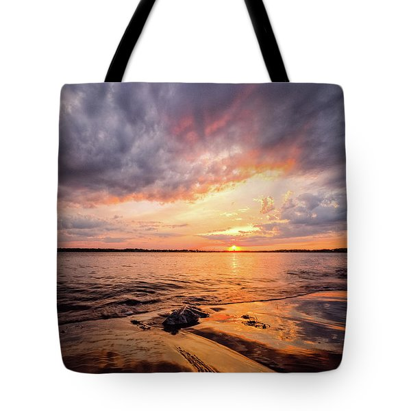 Reflect The Drama, Sunset At Fort Foster Park Tote Bag
