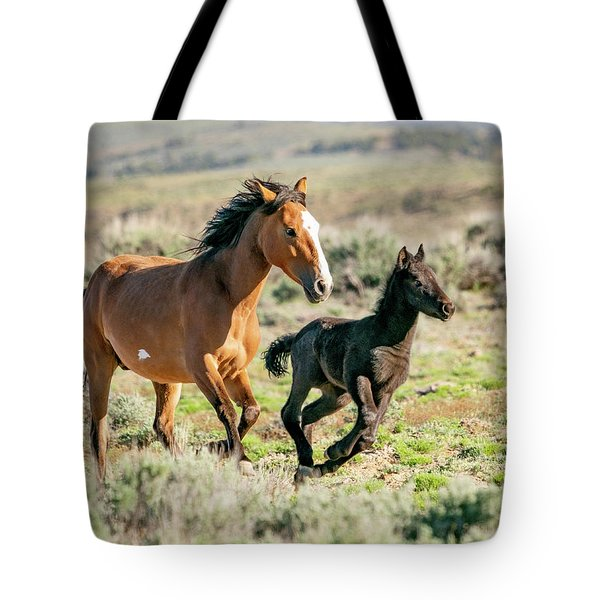 Running Wild Mustangs - Mom And Baby Tote Bag