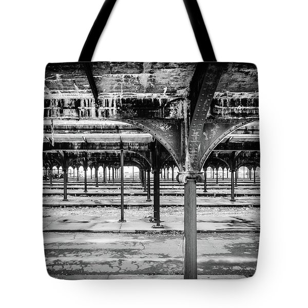 Tote Bag featuring the photograph Rusty Crusty Crunchy by Steve Stanger