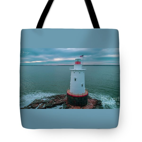 Tote Bag featuring the photograph Sakonnet Lighthouse by Michael Hughes