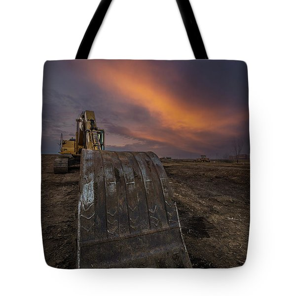 Tote Bag featuring the photograph Scoop by Aaron J Groen
