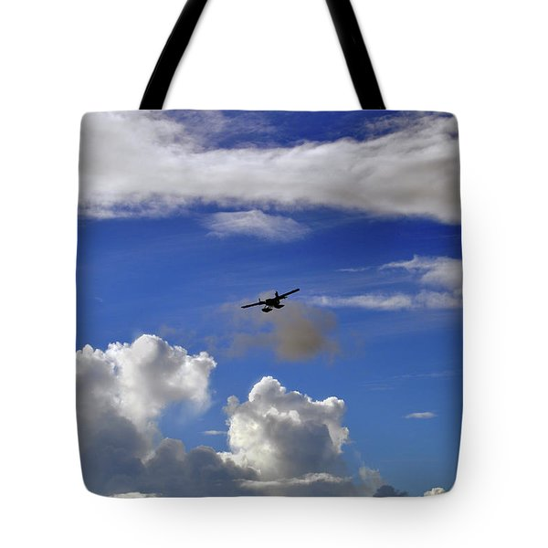 Seaplane Skyline Tote Bag