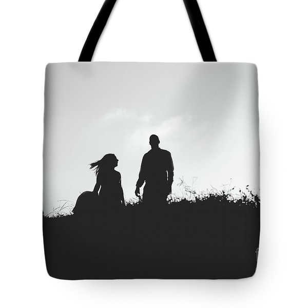Silhouette Of Couple In Love With Wedding Couple On Top Of A Hill Tote Bag