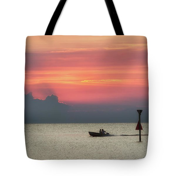 Silhouette's Sailing Into Sunset Tote Bag