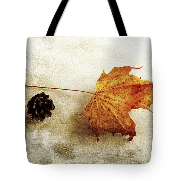 Tote Bag featuring the photograph Simple And Beautiful by Randi Grace Nilsberg