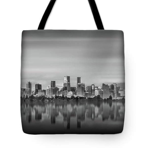 Special View Of Downtown Vancouver Tote Bag