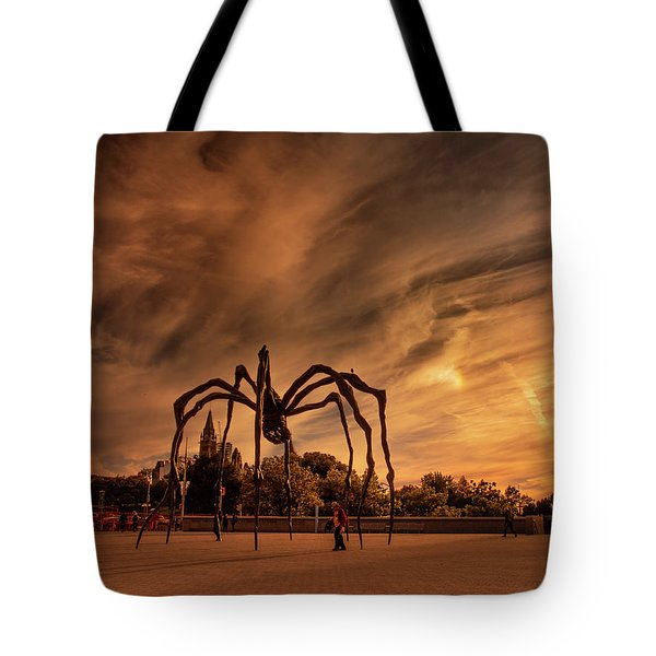 Tote Bag featuring the photograph Spider Maman - Ottawa by Juan Contreras