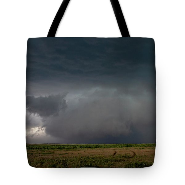 Storm Chasin In Nader Alley 030 Tote Bag