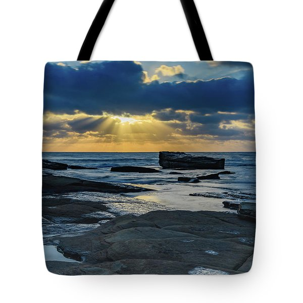 Sun Rays Burst Through The Clouds - Seascape Tote Bag