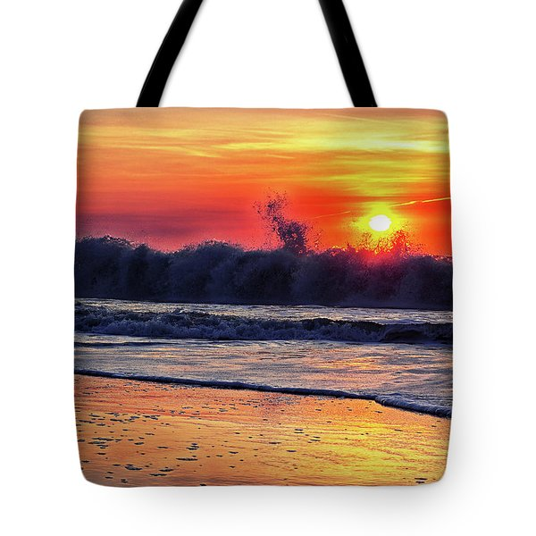 Tote Bag featuring the photograph Sunrise At 142nd Street Beach Ocean City by Bill Swartwout Fine Art Photography