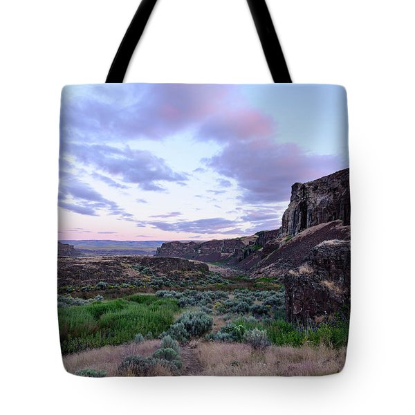 Sunrise In The Ancient Lakes Tote Bag