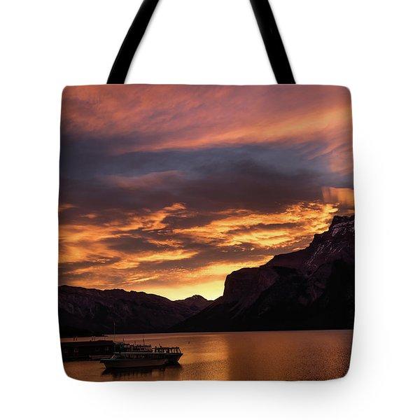 Sunrise Over Lake Minnewanka, Banff National Park, Alberta, Cana Tote Bag