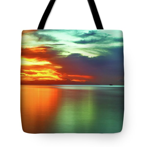 Sunset And Boat Tote Bag