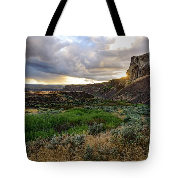 Sunset In The Ancient Lakes Tote Bag