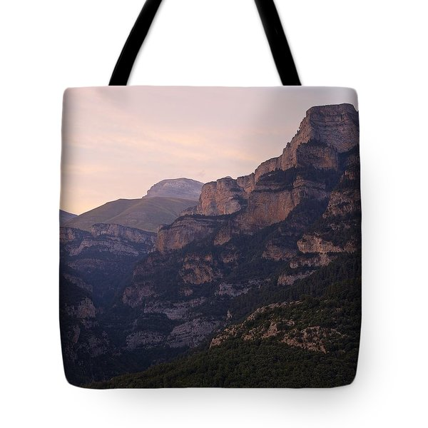 Tote Bag featuring the photograph Sunset In The Anisclo Valley by Stephen Taylor