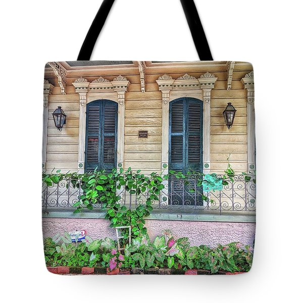 Sweet Cream And Ivy Tote Bag