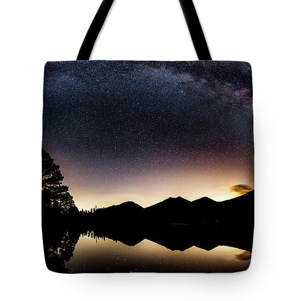 The Great Curve Tote Bag